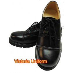 黑色皮鞋 (鞋頭有雙線)